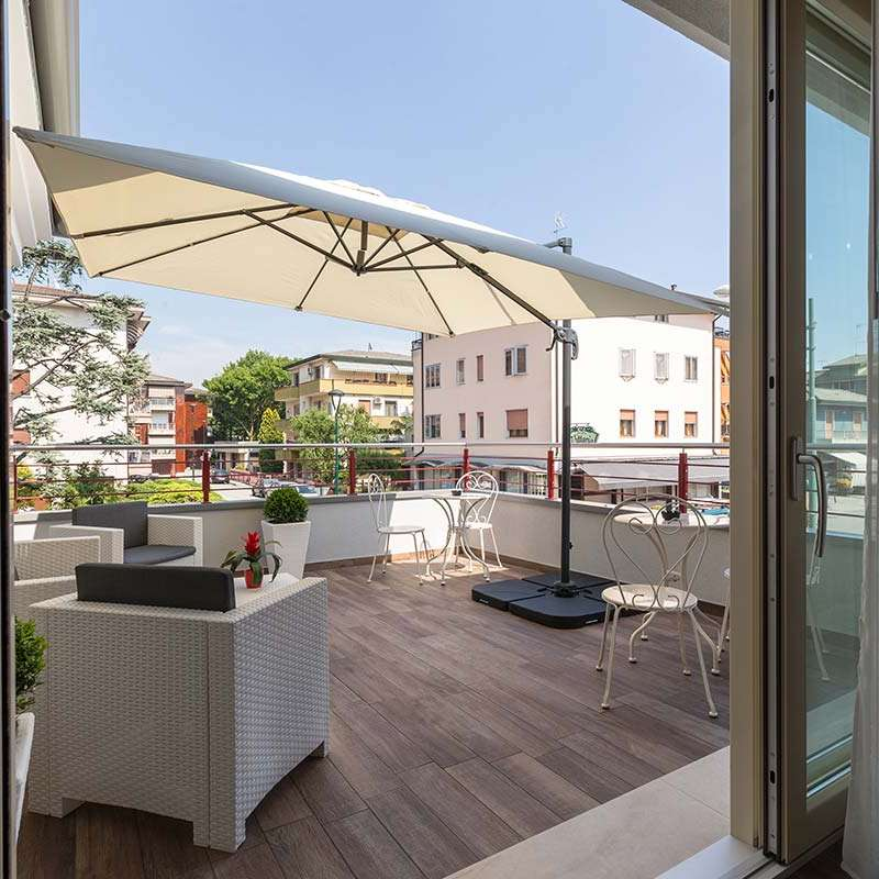 terrazza ombrellone villa erica venezia
