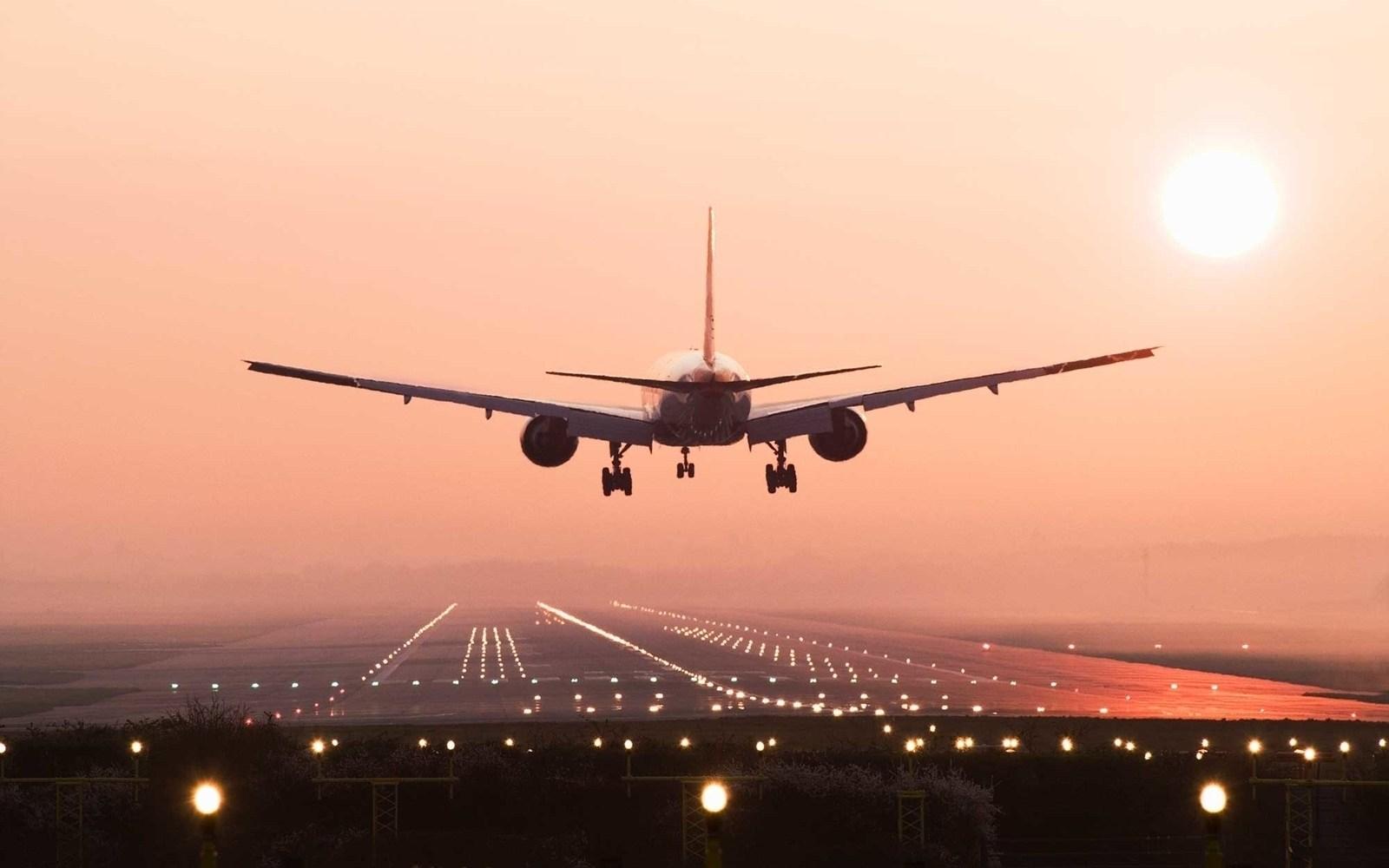 aereo_tramonto